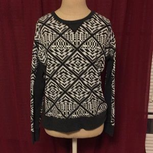 VS geometric Aztec patterned sweatshirt XS